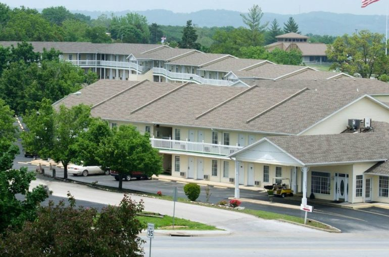Hotel & Conference Center for Sale in Missouri