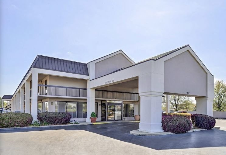 Interstate University Hotel for Sale in Louisiana