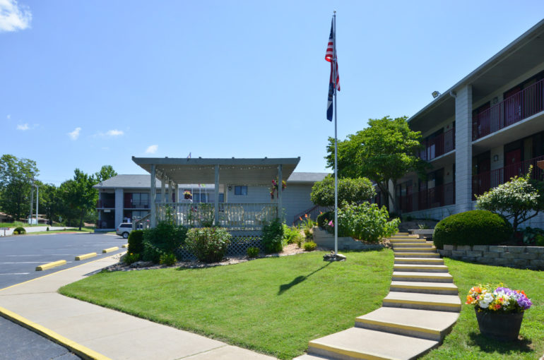 Award Winning Independent Hotel for Sale in Missouri