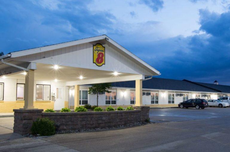 Super 8 Hotel for Sale on I-35 in Iowa