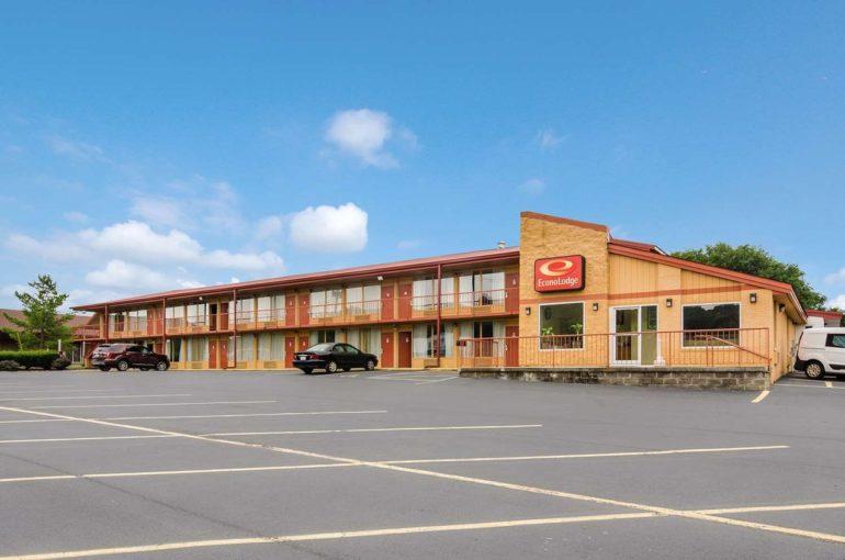 Econo Lodge Hotel for Sale in Virginia