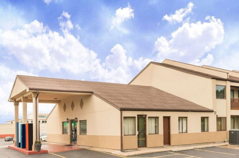 Days Inn Hotel for Sale in Missouri