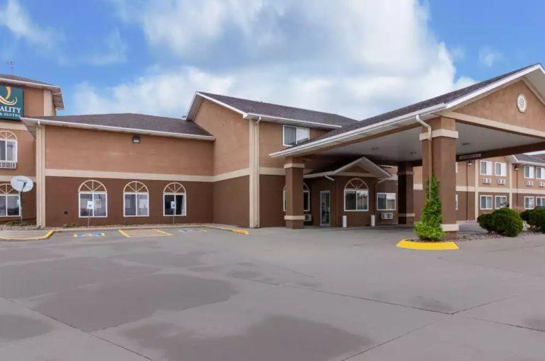 Quality Inn & Suites Hotel for Sale in Nebraska