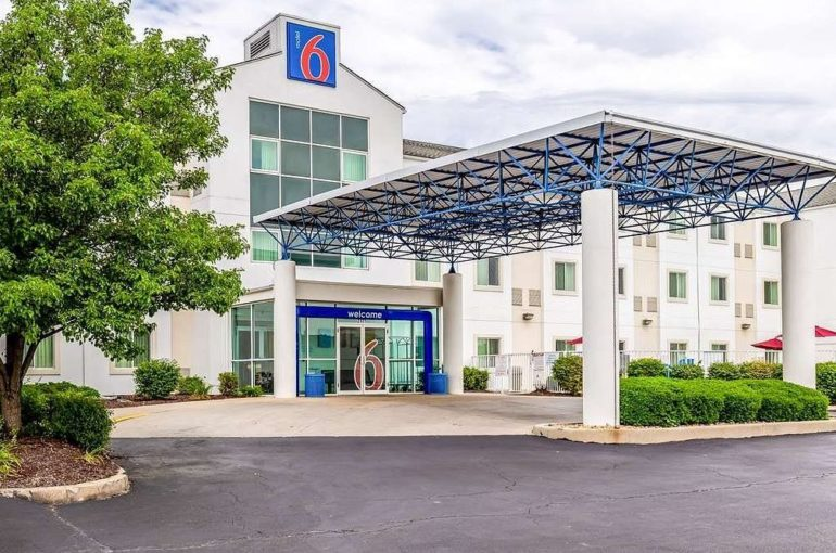 Motel 6 Hotel for Sale in St Louis East Metro Illinois
