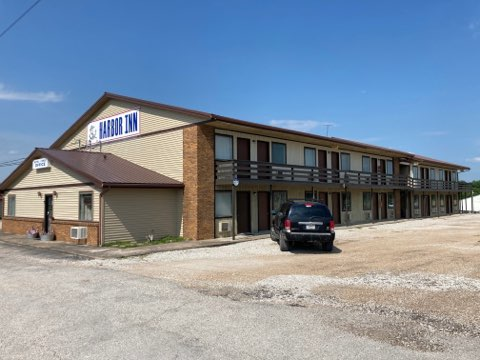 Partly Renovated Lake Area Hotel for Sale in Missouri